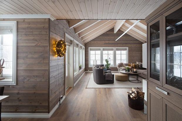 Drewniany dom w norweskich górach