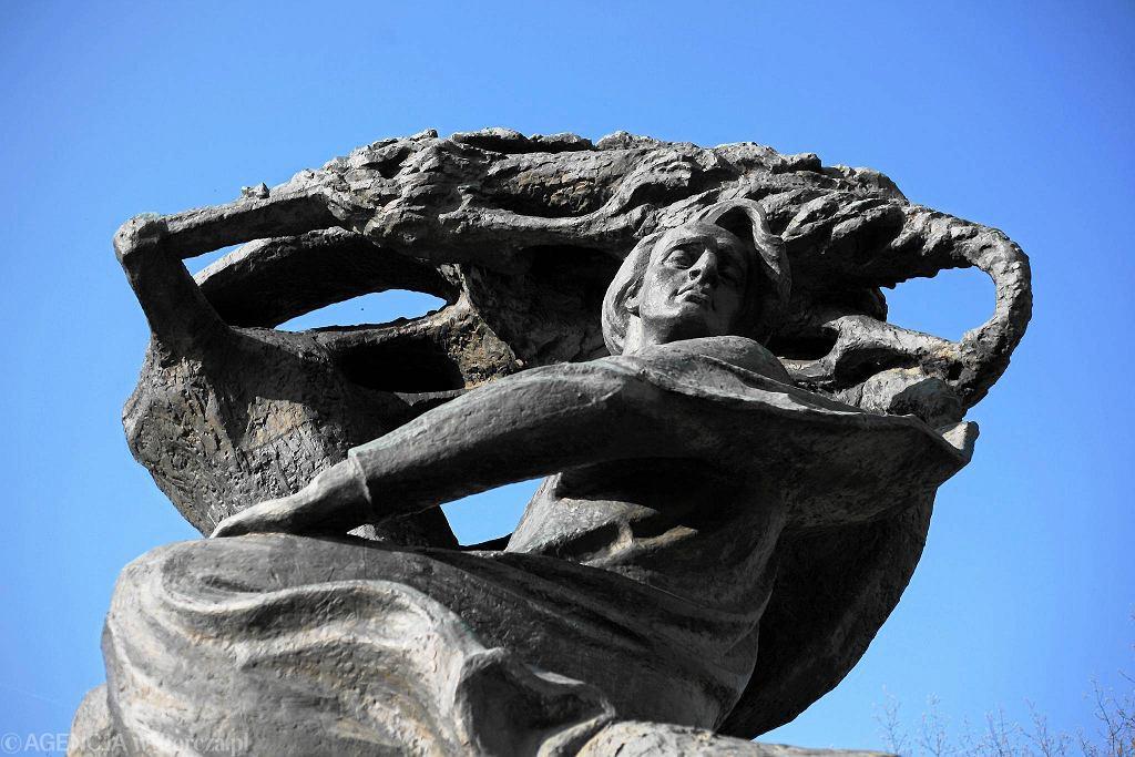 Pomnik Chopina dłuta Wacława Szymanowskiego / BARTOSZ BOBKOWSKI