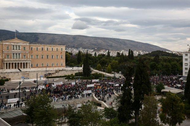 Ateny, protest przeciwko polityce oszczędnościowej rządu