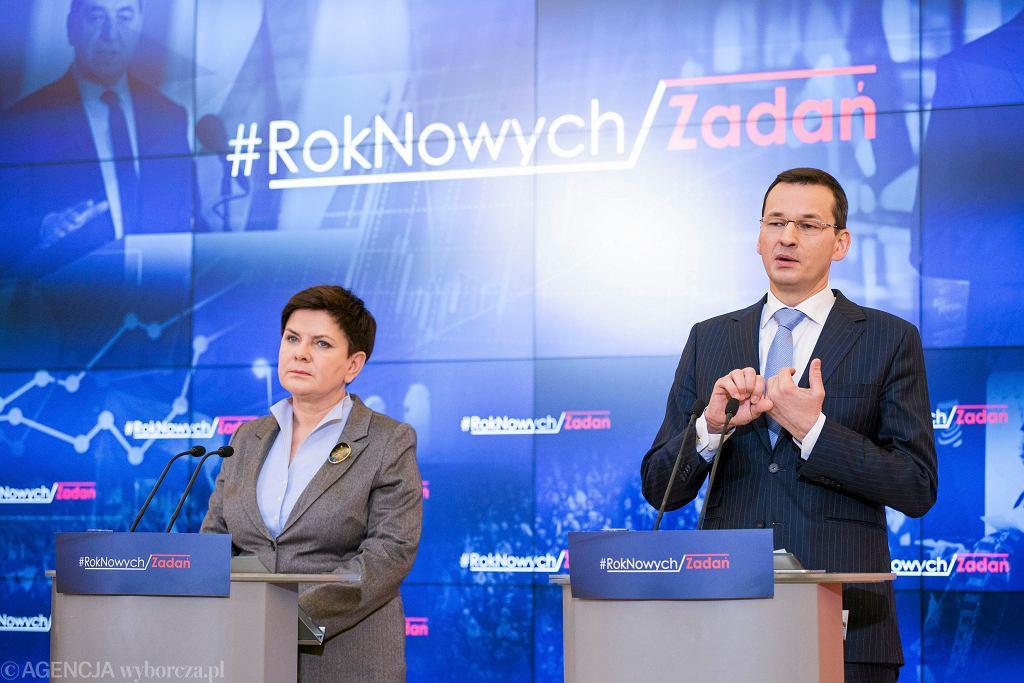 Wicepremier i minister finansów Mateusz Morawiecki; premier Beata Szydło