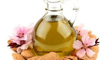 Olejek migdałowy znajduje szerokie zastosowanie w przemyśle kosmetycznym