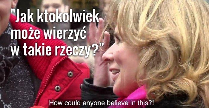 Holenderscy youtuberzy czytają cytaty z Biblii, zakrytej obwolutą Koranu
