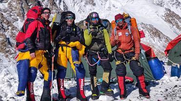 Magdalena Gorzkowska wraz ze swoim zespołem w bazie pod K2.