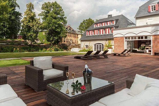 Piękne elewacje, ceglane mury, wysokie sufity, duże okna - nieruchomości historyczne urzekają inwestorów. A zysk?