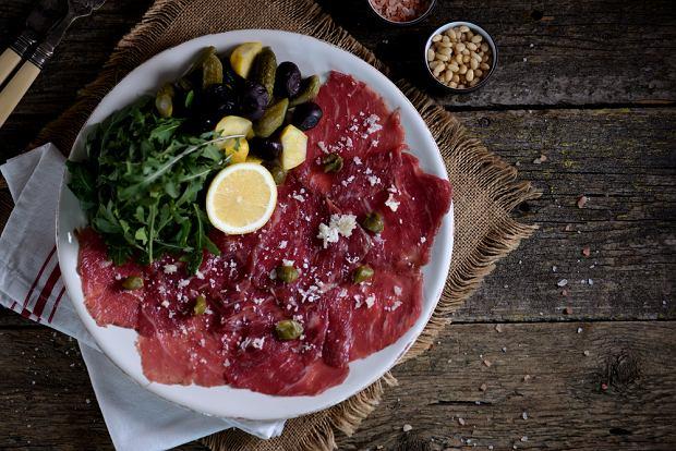 Carpaccio wołowe - jak przyrządzić tę prostą, włoską przystawkę?