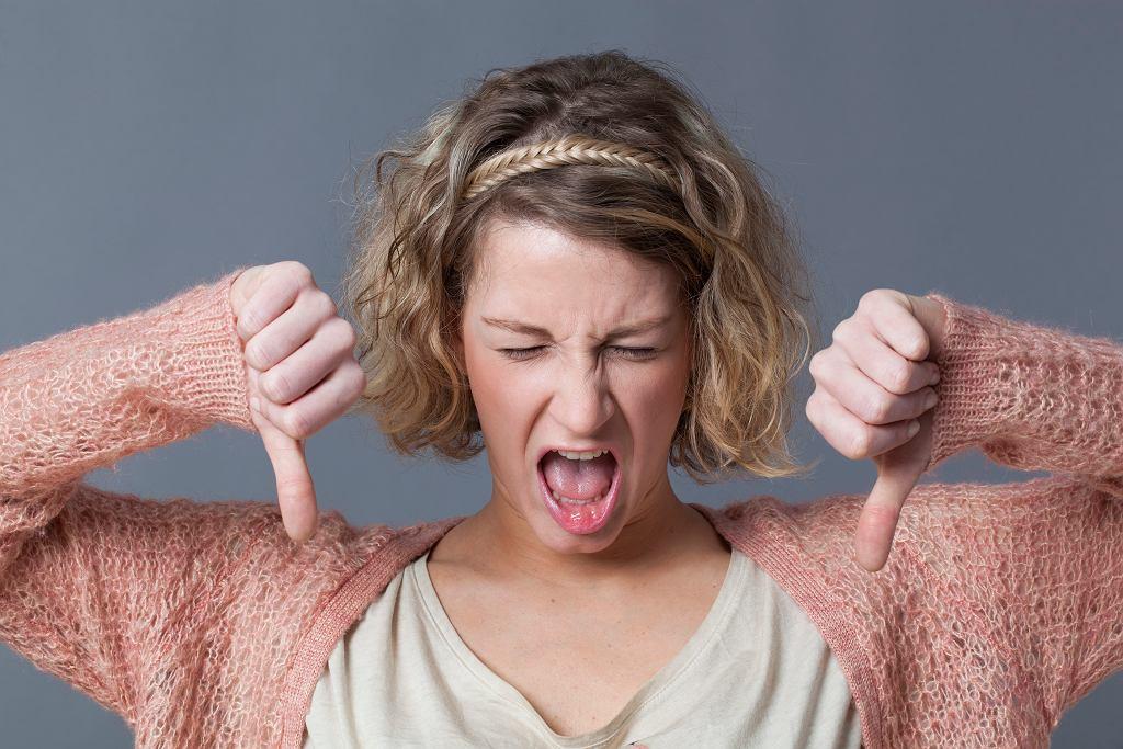 Brak szamponu może być bolesny