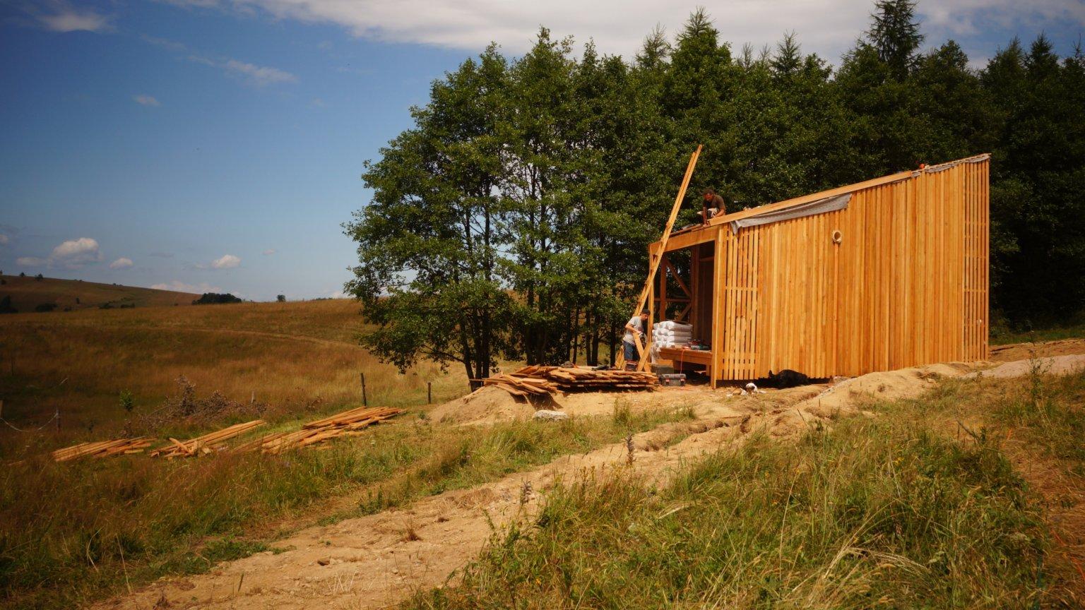 Kto zamieszka w glinianym domu we wsi Potoczek?