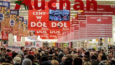 Niedziele handlowe. Czy 5 sierpnia będą otwarte sklepy Lidl, Auchan, Biedronka i Tesco?
