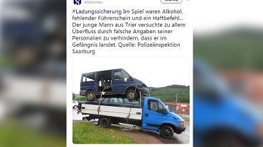 24-letni nietrzeźwy kierowca przewoził dwa auta, ustawione jedno na drugim.