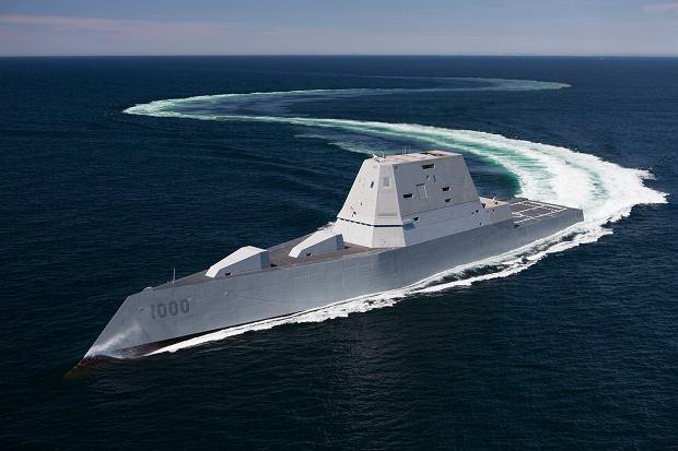 Niszczyciel typu Zumwalt na próbach morskich