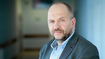 Dr Marek Bachański z Centrum Zdrowia Dziecka.