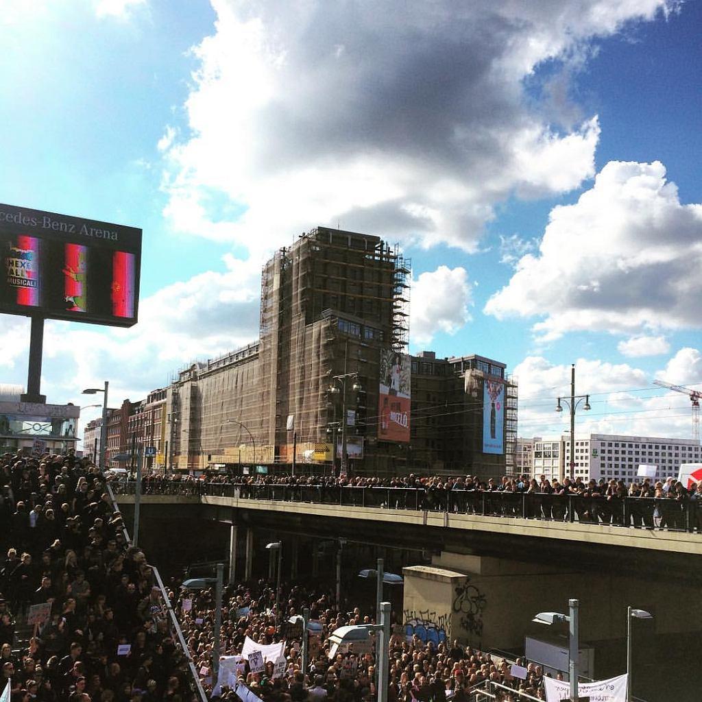 Czarny protest w Berlinie