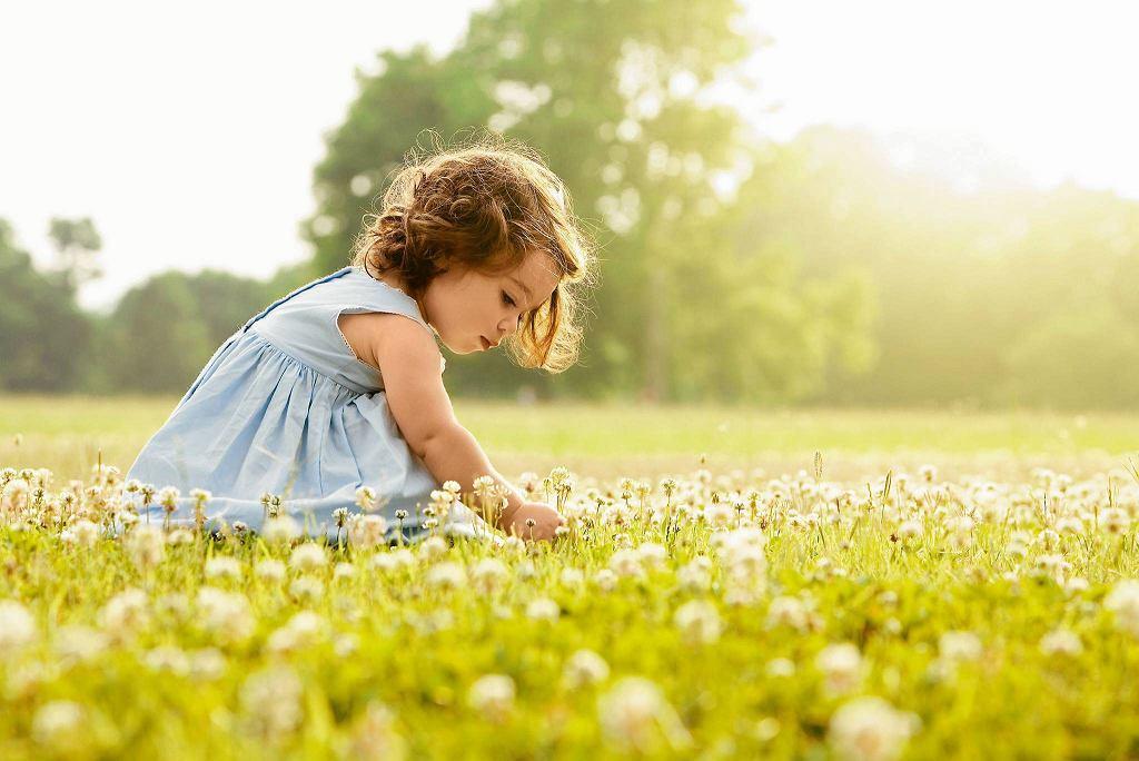 Wiosna to czas, którego alergicy szczerze nie lubią. Co robić, gdy alergia dopada dzieci?
