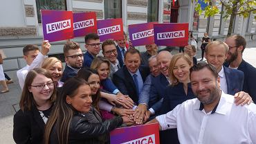 Wybory parlamentarne 2019. Konferencja lewicy, na której przedstawiono kandydatów do Sejmu. Pierwsza z lewej - Martyna Urbańczyk