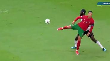 Sztuczka Cristiano Ronaldo w meczu z Niemcami na Euro 2020.