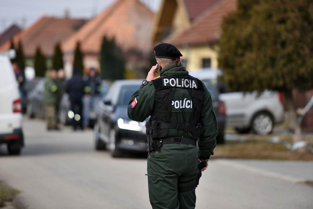 Policja na miejscu zabójstwa Jana Kuciaka