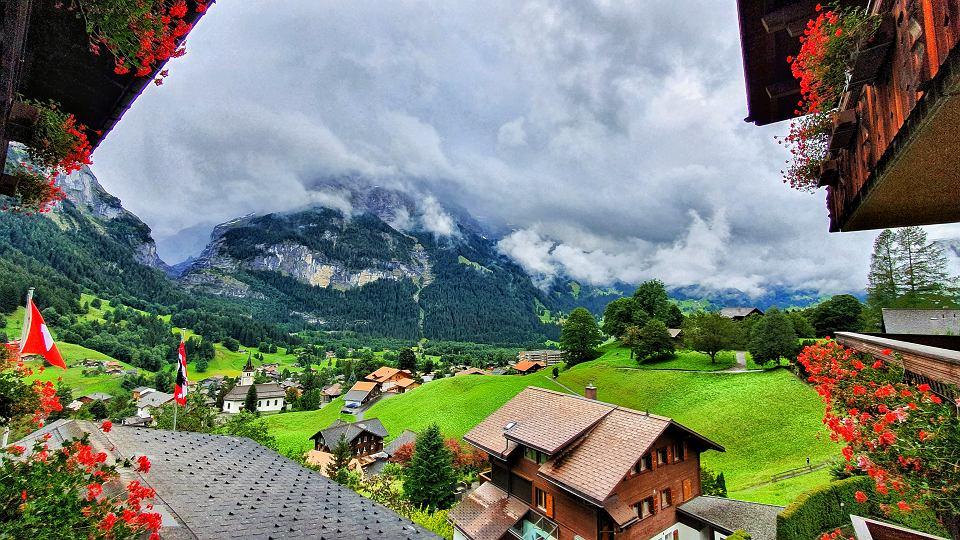 Widok na miasteczko Grindelwald