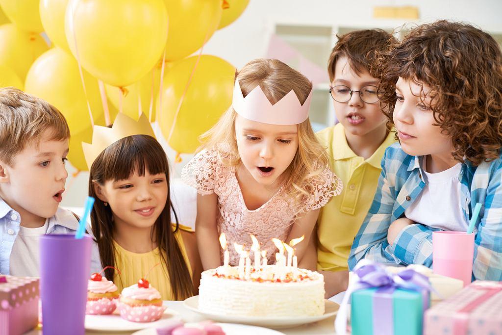 Wierszyki urodzinowe to coś, co spodoba się nie tylko najmłodszym.