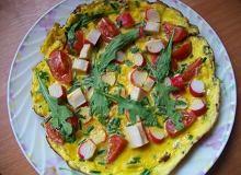 Omlet z paluszkami krabowymi - ugotuj