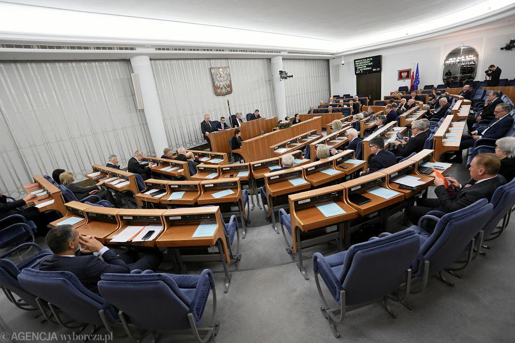 Wybory parlamentarne 2019. W wyborach do Senatu w okręgu nr 49 startuje dwóch kandydatów.
