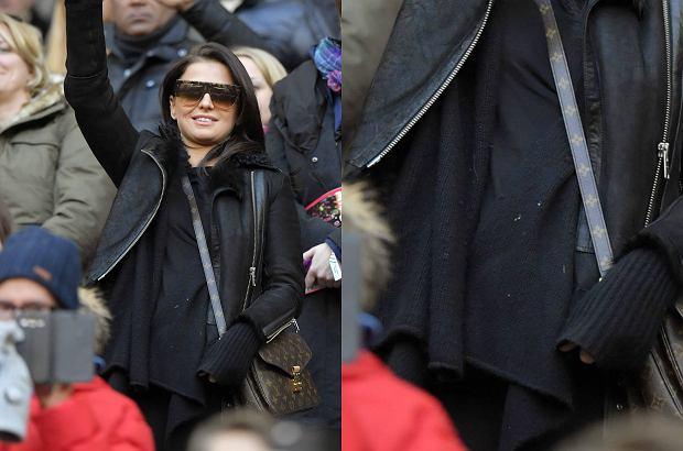 Zdjęcie numer 1 w galerii - Anna Lewandowska w ciąży na meczu Bayernu. Ubiór miał maskować kształty. Nie do końca się udało [ZDJĘCIA]