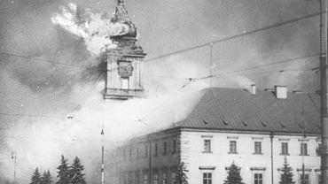 Płonący Zamek Królewski w Warszawie, 17.09.1939 r.