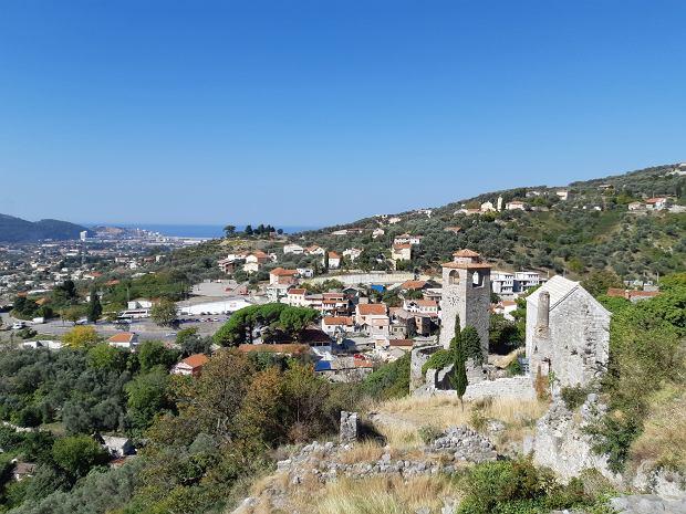 Czarnogóra. Stary i Nowy Bar oglądane ze wzgórza