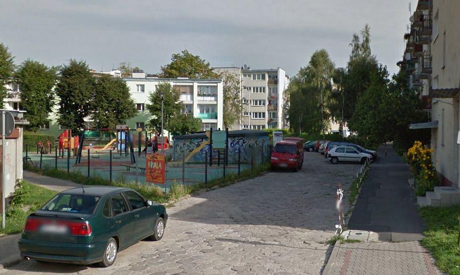 Plac zabaw przy Fabrycznej w Piasecznie