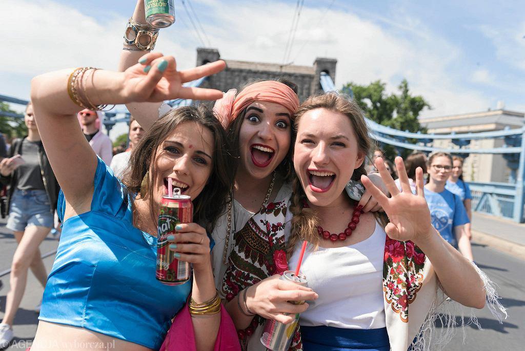 Juwenalia 2018. Pochodem Juwenaliowym studenci rozpoczęli swoje wielkie święto