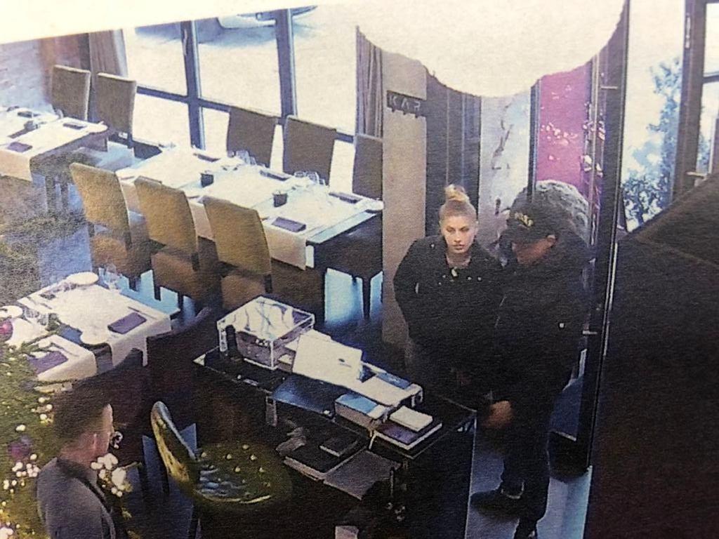 Para poszukiwana w sprawie rozlania cuchnącej substancji w restauracji w Szczecinie.
