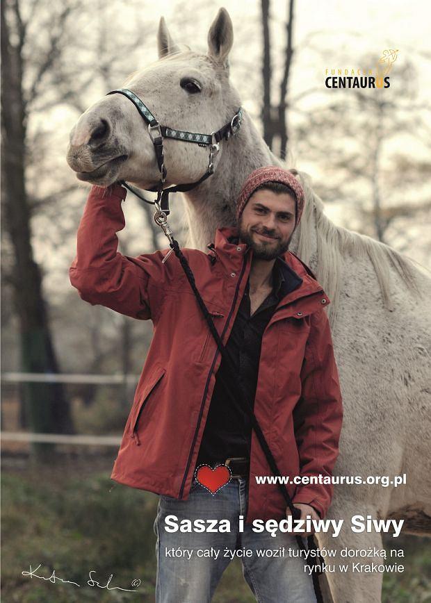 Konie z fundacji Centaurus i ich opiekunowie