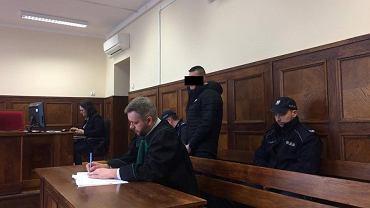 Kamil D. oskarżony o pobicie i spowodowanie ciężkiego uszczerbku na zdrowiu