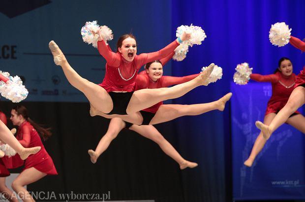 Zdjęcie numer 39 w galerii - Cheerleaderki rywalizują w Kielcach. Bo taniec nie jedną ma twarz [ZDJĘCIA]