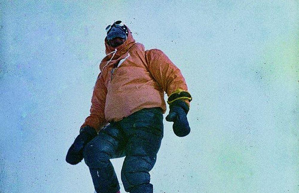 Krzysztof Wielicki na szczycie Everestu /