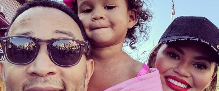 John Legend i Chrissy Teigen świętują 3. urodziny swojej córki Luny w Disneylandzie. Urocze!