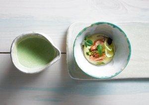 Zupa koperkowa, łosoś z solanki, purée chrzanowe