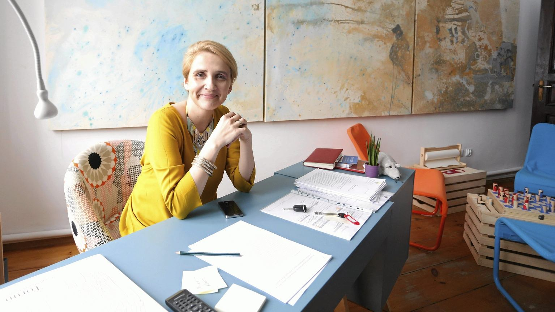 Joanna Scheuring-Wielgus w swoim gabinecie