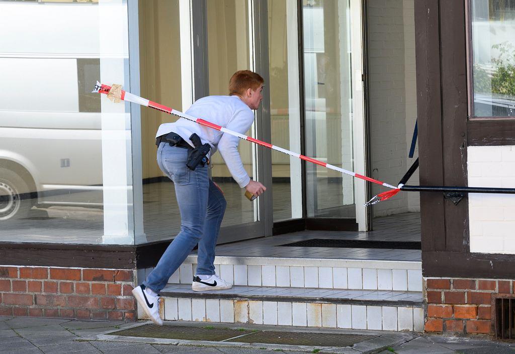 Niemcy. Trzy osoby zabite z kuszy, dwa kolejne ciała w mieszkaniu jednej z ofiar