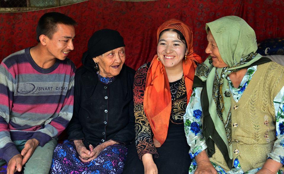 Ujgurzy mieszkający w regionie Sinkiang.