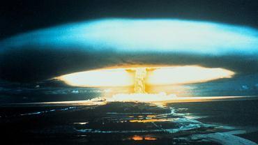 Eksplozja bomby atomowej w atolu Bikini, 1 marca 1954 r.