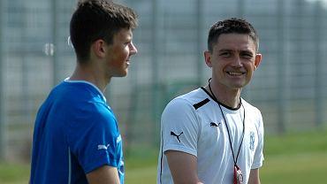 Trening Lecha Poznan. Mariusz Rumak i Dawid Kownacki