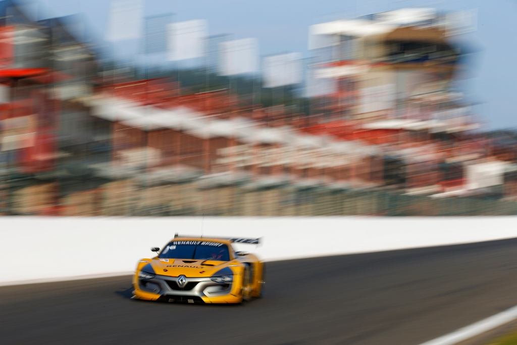 Robert Kubica za kierownicą Renault Sport RS 01