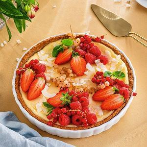 Tarta sernikowa z czerwonymi owocami