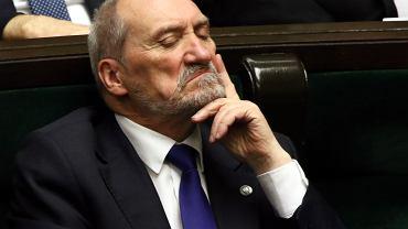 Były minister obrony w rządzie PiS Antoni Macierewicz podczas 55. posiedzenia Sejmu VIII Kadencji. Warszawa, 10 stycznia 2018 r.