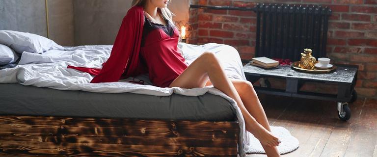Zmysłowa lub codzienna koszula nocna - letnia alternatywa dla piżamy