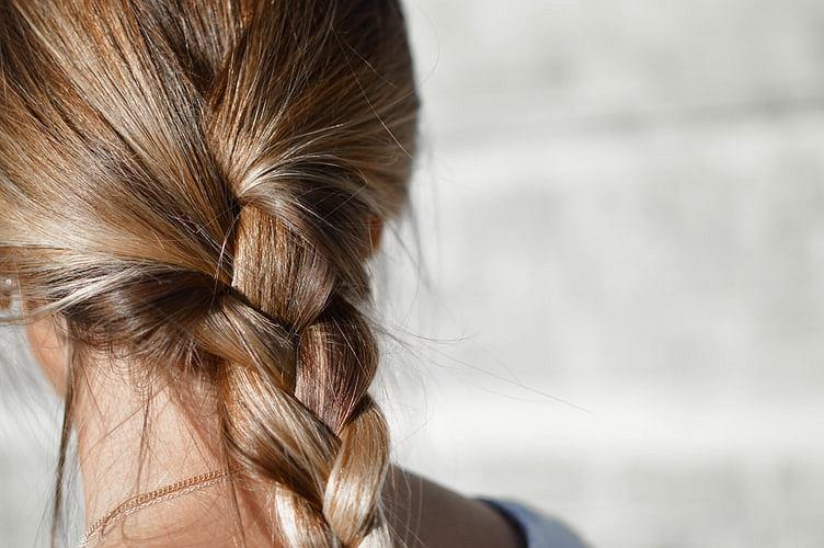 Szybkie fryzury na zimne dni