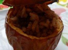 Pieczone jabłka z ryżem i cynamonem - ugotuj