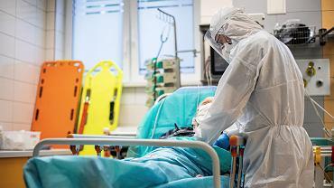 Pandemia koronawirusa. Medycy na SOR - Samodzielny Publiczny Szpital Kliniczny nr 4, Lublin, 1 czerwca 2020