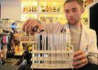 Przychodnia: Drinki w próbówkach i kieliszkach medycznych
