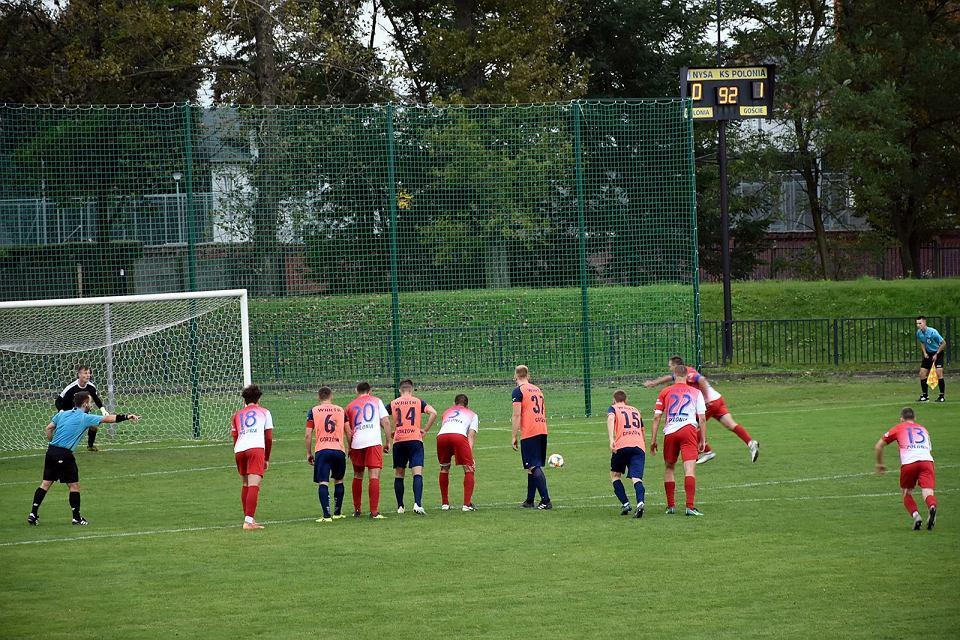 Sobota, 10 października 2020 r. Trzecia liga: Polonia Nysa - Warta Gorzów 1:1